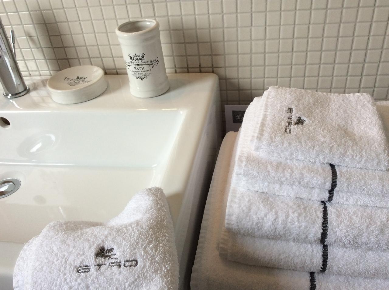 Dettagli, bagno, la Commenda