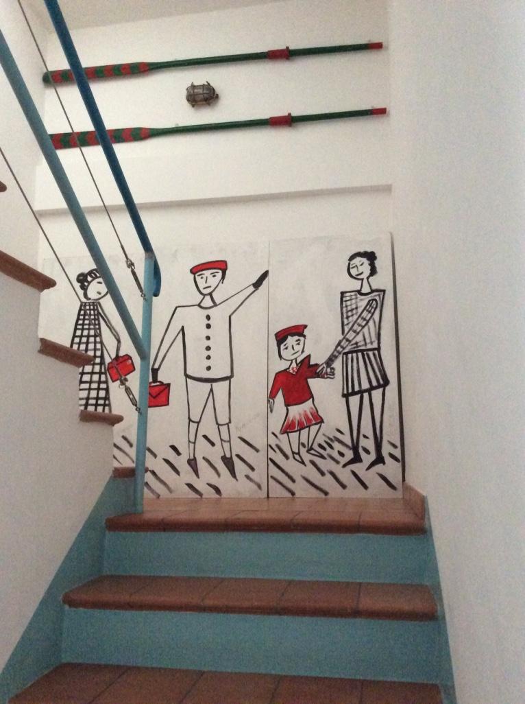 La scalinata che conduce alle camere del grazioso B&B