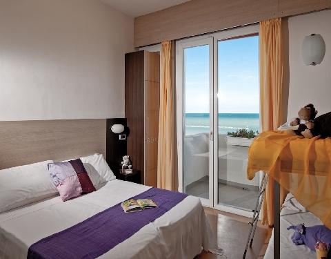 camera familiare hotel Universal Senigallia
